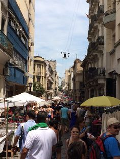 Feira San Telmo Argentine Buenos Aires, Four Square, Street View, Places, Travel, Saints, Buenos Aires, Water Colors, Street