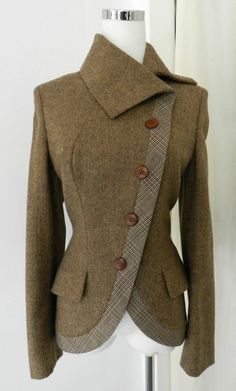 Clothes / alexander mcqueen wool riding jacket and other apparel, accessories and trends. Browse and shop 18 related looks. Vintage Coat, Mode Vintage, Vintage Jacket, Vintage Sewing, Look Fashion, Winter Fashion, Fashion Design, Fashion Shoes, Fashion Coat
