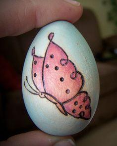 Wood Easter egg with woodburned design by littlesisterscrafts