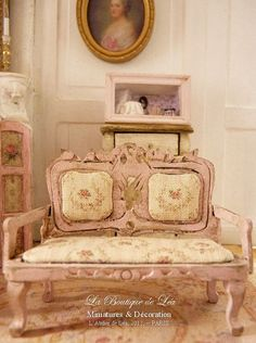 1/24th scale sofa, pink cottage ♡ ♡