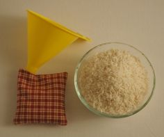 DIY hand warmers filled with rice. SO easy, SO cheap, and you can use such cute fabrics!