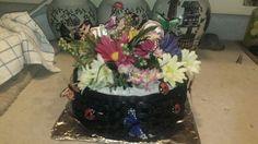 Basketweaved cake