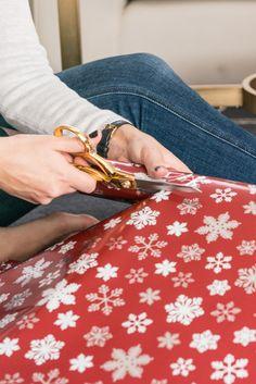 holidays, wrapping christmas presents - @mystylevita