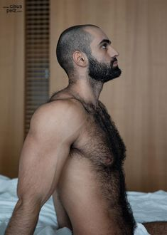Nothing but furry scruffy hotness, updated daily. NSFW. 18+. If you own any of the images I post and...