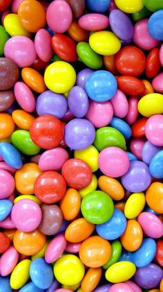 candy is always a great example of oygbiv and the use of color. Rainbow Wallpaper, Food Wallpaper, Wallpaper Iphone Cute, Colorful Wallpaper, Galaxy Wallpaper, Aesthetic Iphone Wallpaper, Cute Wallpapers, Iphone Wallpapers, Mobile Wallpaper