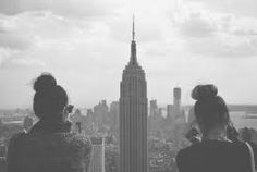 nyc new york empire state top of the rock bff skyscraper Photography Essentials, City Photography, Bffs, Best Friend Goals, Best Friends, Bff Goals, Black And White City, Videos Tumblr, Tumblr Girls