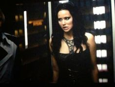 Katniss' face in the elevator scene is like 1% Katniss Everdeen and 99% Jennifer Lawrence. I also absolutely love the look Katniss gives Peeta (Josh) when Johanna asks him to unzip her dress.