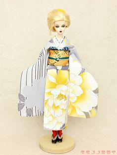Pale Gray kimono FURISODE Barbie,Poppy Parker,FR NIPPON ,wafuku KIMONOnoMIRAI #KIMONOnoMIRAI