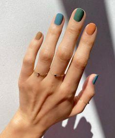 Fall Nail Art Designs, Short Nail Designs, Nail Polish Designs, Stylish Nails, Trendy Nails, Fall Nail Trends, Nail Ideas For Fall, Short Nails Art, Colorful Nails