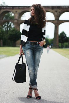 H & M blazer, belt & tee; G-Star Raw via SoJeans denim; Zara neon necklace & sandals; VJ-Style handbag