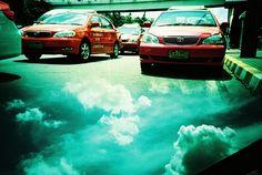Lomographe : dakadev_pui  Appareil : Lomo LC-A+  Pellicule : Kodak Elitechrome EBX  Lieu : Bangkok
