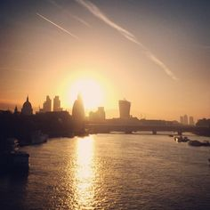 The sun rises over the River Thames in London this morning - our journey to Shanghai begins 11°C I 51°F #BurberryWeather