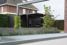 www.hendrikshoven... #modernetuin #strakketuin #exclusievetuin #tuin vijver…