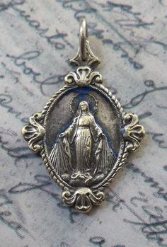 Very Rare Italian Art Deco Miraculous Medal Of The Immaculate Conception 1830 Blessed Virgin Mary Mother Of Jesus, Religious Medallion Roses