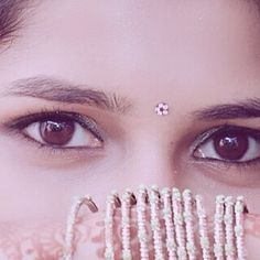 Image may contain: one or more people and closeup Beautiful Eyes Images, Beautiful Girl Photo, Cute Girl Photo, Fb Girls, Cute Girls, Girl Pictures, Girl Photos, Photos Of Eyes, Cute Eyes