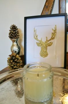 How-to: Glittery, gold pinecones and a glitter reindeer!