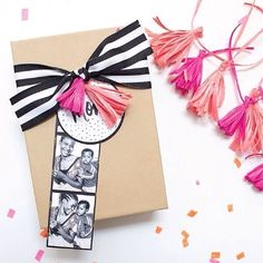 IG:31bits gift wrap/photo booth tag idea is genius