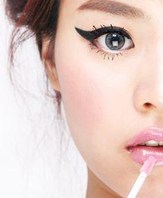 Just wing it! #beauty #cateye #makeup #macys