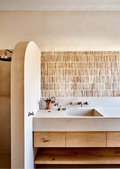 A Stylist And Designer's Mediterranean-Inspired Caulfield Home - Style Architectural Bad Inspiration, Bathroom Inspiration, Bathroom Ideas, Bathroom Designs, Bathroom Organization, Shower Ideas, Bathroom Interior Design, Interior Decorating, Interior Livingroom