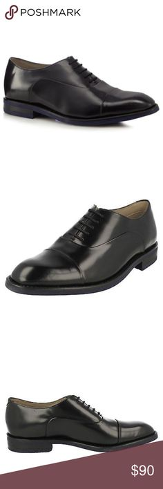 NWOT MENS Clarks SwinleyCap Black Leather Oxfords NEVER WORN Clarks Men's Swinley Cap Black Leather Oxfords. Size US 9 / UK 10. Dress formal style with a toe-cap design that adds a modern edge with the contrasting, innovative sole that uses Blake Rapido construction. In premium black leather, this shoe is complete with full leather linings, while our dual density Cushion Plus™ technology ensures a comfortable step. LEATHER UPPER LEATHER/TEXTILE LINING MAN MADE SOLE LACE UP FASTENING 5 SETS…