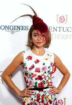 """Modern Family"" actress Sarah Hyland strikes a pose in her floral hat before the Kentucky Derby."