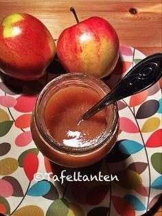 Was ist denn Apfelbutter? Das habe ich mich auch gefragt, als ich es in mehrerenamerikanischen Rezepten gelesen habe. Hörte sich für mich zunächst mal ungewöhnlich und auch ziemlich kalorienreich ...