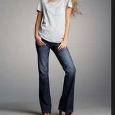 Paige denim Hollywood Hills fit Excellent used condition! 32 inch inseam. Very little wear at hemline. See photos, or request more before purchasing. No trades. Offers welcome. Paige Jeans Jeans Flare & Wide Leg