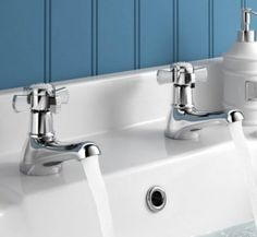 Rochester Hot and Cold Traditional Basin Taps [PT-TB2046] - £28.59 : Platinum Taps & Bathrooms