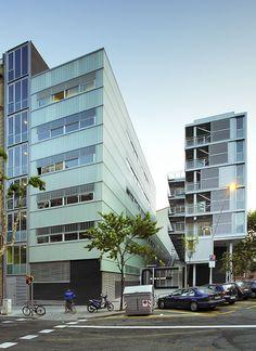 Coll-Leclerc - FACILITY BUILDING