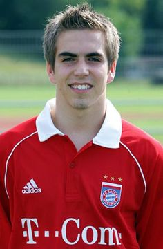 Philipp Lahm biography with his personal life, career. A professional career as a footballer of defender. Adidas, Philipp Lahm, Fc Bayern Munich, European Soccer, Get Ready, Football Players, All Star, Superstar, Polo Ralph Lauren