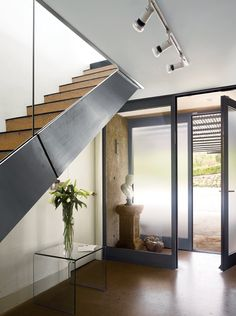 Articles about aluminum clad green energy home england. Dwell is a platform for anyone to write about design and architecture. New Staircase, Modern Staircase, Under Stairs Storage Solutions, Green Design, Interior Exterior, Interior Design, Modern Interior, Homes England, Treads And Risers