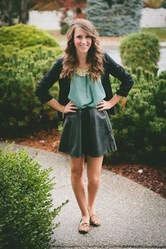 cute little skirt.