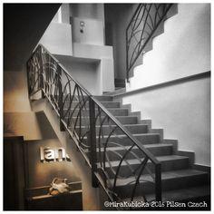 My Photos, Stairs, Restaurant, Architecture, World, Instagram Posts, Design, Home Decor, Arquitetura