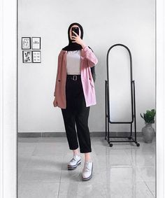 Hijab Teen, Ootd Hijab, Hijab Outfit, Muslim Fashion, Hijab Fashion, Fashion Outfits, Islamic Girl, Teenager Outfits, Aesthetic Clothes