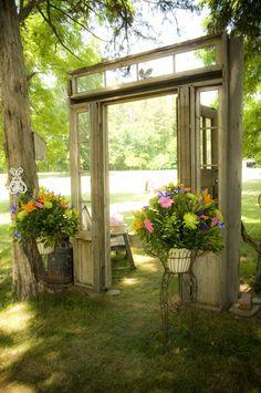 Free-Standing Doorway into the Circle of Trees - Washington Grass Inn