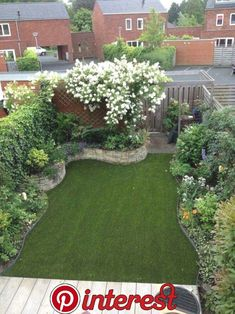 Best Small Yard Landscaping & Flower Garden Design Ideas Because you have a small garden, it doesn't want to work a lot. A small garden can be very exotic with just a little planning. Improving a beautiful modern garden [ … ] Flower Garden Design, Backyard Garden Design, Small Garden Design, Backyard Ideas, Balcony Garden, Backyard Designs, Garden Turf, Small Garden Layout, Pool Ideas