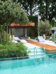 #Schwimmbad sarah eberle. www.bsw-web.de