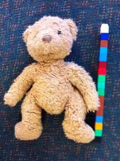 Teddy Bear Picnic Ideas Use unifix cubes to measure and compare bears. Change to Turtles for F and cats for G. Bears Preschool, Preschool Activities, Teddy Bear Day, Teddy Bears, Kindergarten, Bear Mask, Traditional Tales, Goldilocks And The Three Bears, 3 Bears