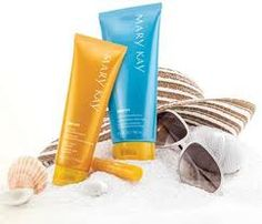 Limited-Edition Mary Kay® Sun Care After-Sun Replenishing Gel* is an ultra-light, cool blue gel that contains soothing botanical extracts rich in antioxidants to replenish vital moisture. Leaves skin feeling hydrated, smooth and refreshed