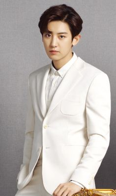 Chanyeol in a white suit