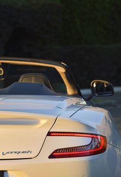 Aston Martin auto - good photo