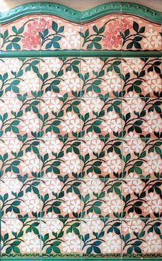 Barcelona tile. Floral pattern tile. Barcelona - Vilardell 001 e   by Arnim Schulz