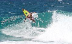 @elliejeancoffey @billabong @surfstitch #snapperrocks #surf#prosurfer #model#fitnessmodel #beach #beachbody #beachlife #beachday #surfphotography #surfingphotography #surf#summer #summertime #goldcoast #goldcoastlife #coolangatta #mynikonlife @nikonaustralia #elliejeancoffey by robpickinphotography