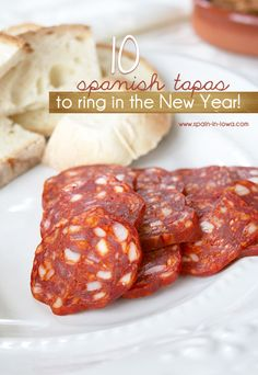 10 Spanish Tapas Recipes to Ring in the New Year! by Avery Avery Avery Bauman - Spain in Iowa Tapas Recipes, Wrap Recipes, Appetizer Recipes, Cooking Recipes, Tapas Ideas, Gourmet Recipes, Appetizers, Spanish Cuisine, Spanish Tapas