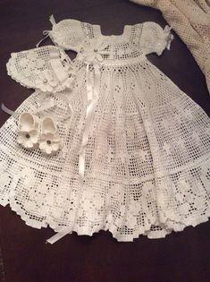 thread filet crochet pattern for christening gown bonnet and
