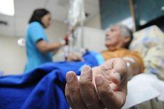 """Por la escasez: Pacientes renales son sometidos a """"diálisis de supervivencia"""""""