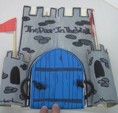 to Make a Castle Lapbook to go with the Sonlight Core C book, The Door in the Wall. Fairy Tale Theme, Fairy Tales, The Whipping Boy, Castles Topic, Middle Ages History, Medieval World, Medieval Times, Tapestry Of Grace, Dragons