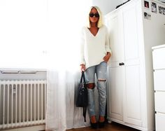 Casual + Comfort - Zara Sweater, Cut out jeans Chapnlle Shoes