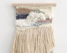 Etsy の Tissage rond mural by julieweaves