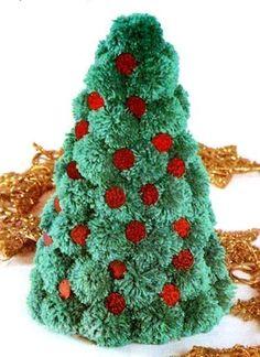 Уютная новогодняя елочка из помпонов. - Новогодние поделки